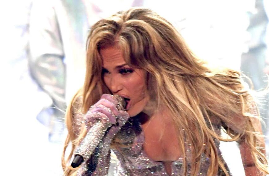 Why is Jennifer Lopez the most famous Latin artist of all time?